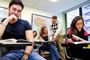 Escuela de inglés en Boston | English Language Center ELC Boston 9