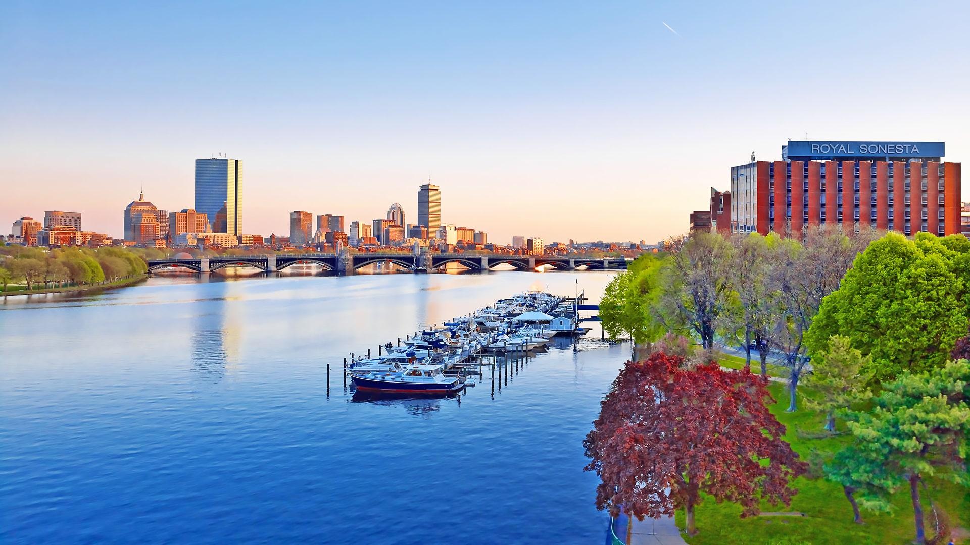 ELC Boston English Language Center – Escuela de inglés en Boston