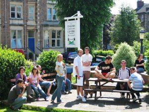 Escuela de inglés intensivo en Bristol | ELC The English Language Centre 19