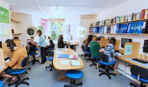 Escuela de inglés intensivo en Bristol | ELC The English Language Centre 4