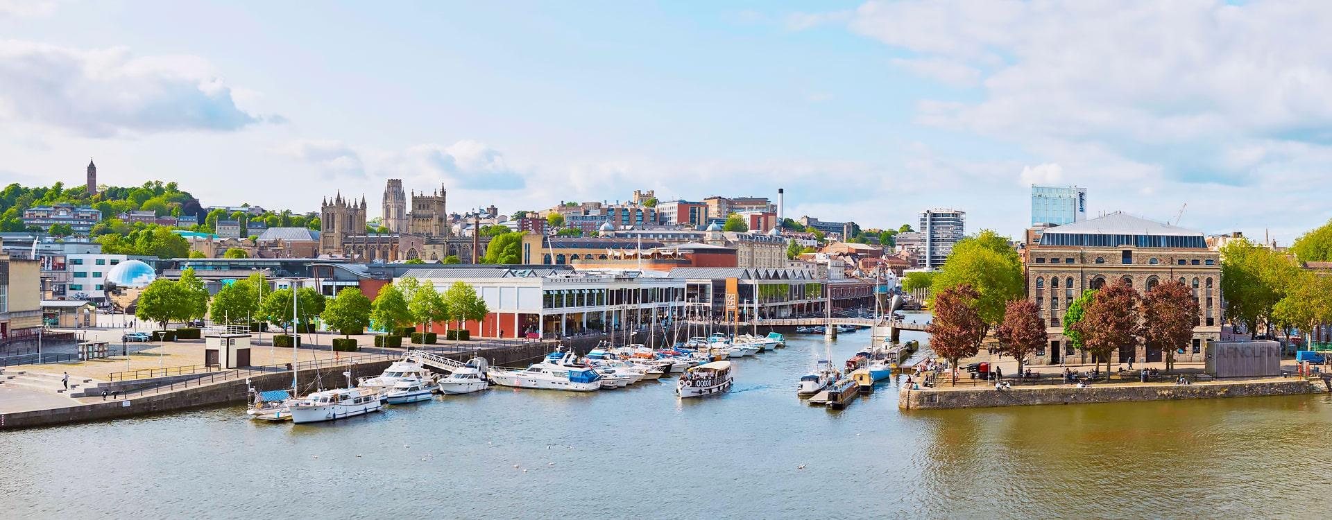 Escuela de inglés en Bristol | ELC The English Language Centre