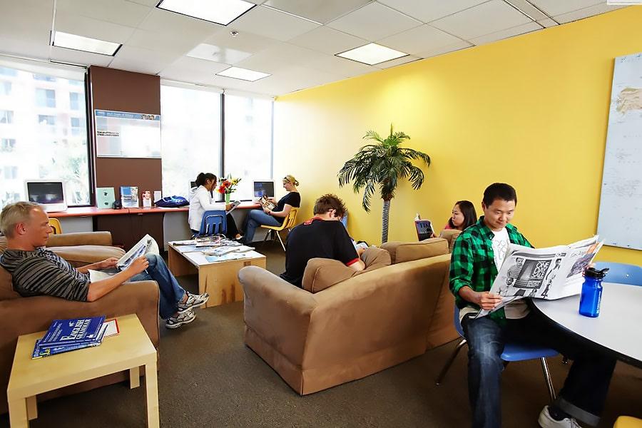 Escuela de inglés en Los Ángeles | English Language Center ELC Los Angeles 2
