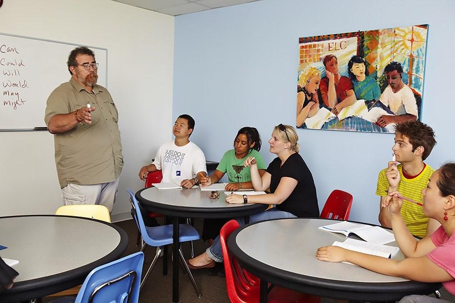 Escuela de inglés en Los Ángeles | English Language Center ELC Los Angeles 3