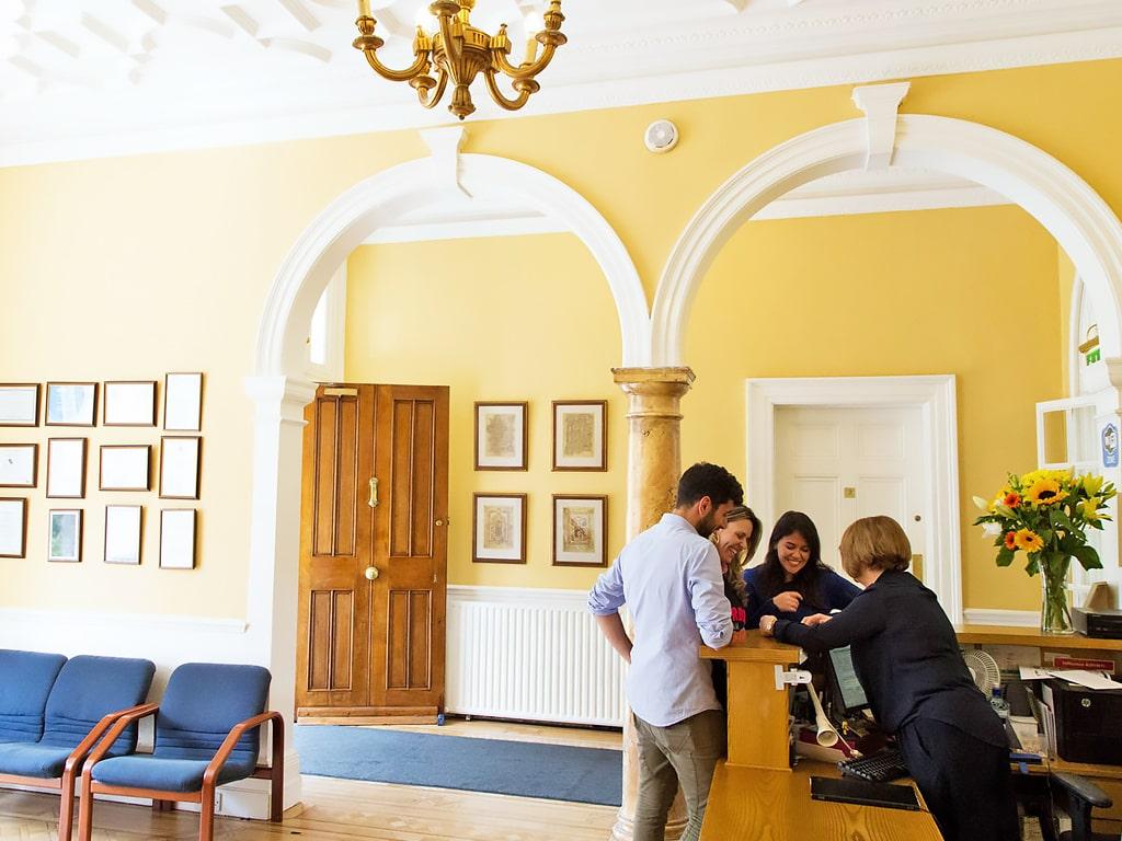 Emerald Cultural Institute | Escuela de inglés en Dublín 9
