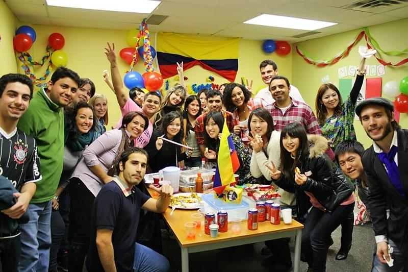 Escuela de inglés en Toronto | English School of Canada ESC Toronto 1