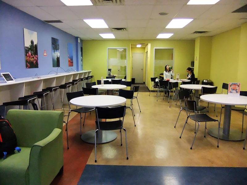 Escuela de inglés en Toronto | English School of Canada ESC Toronto 7