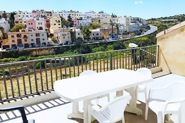 Alojamiento escuela de inglés ESE Malta   European School of English: Apartamentos Valley View 4