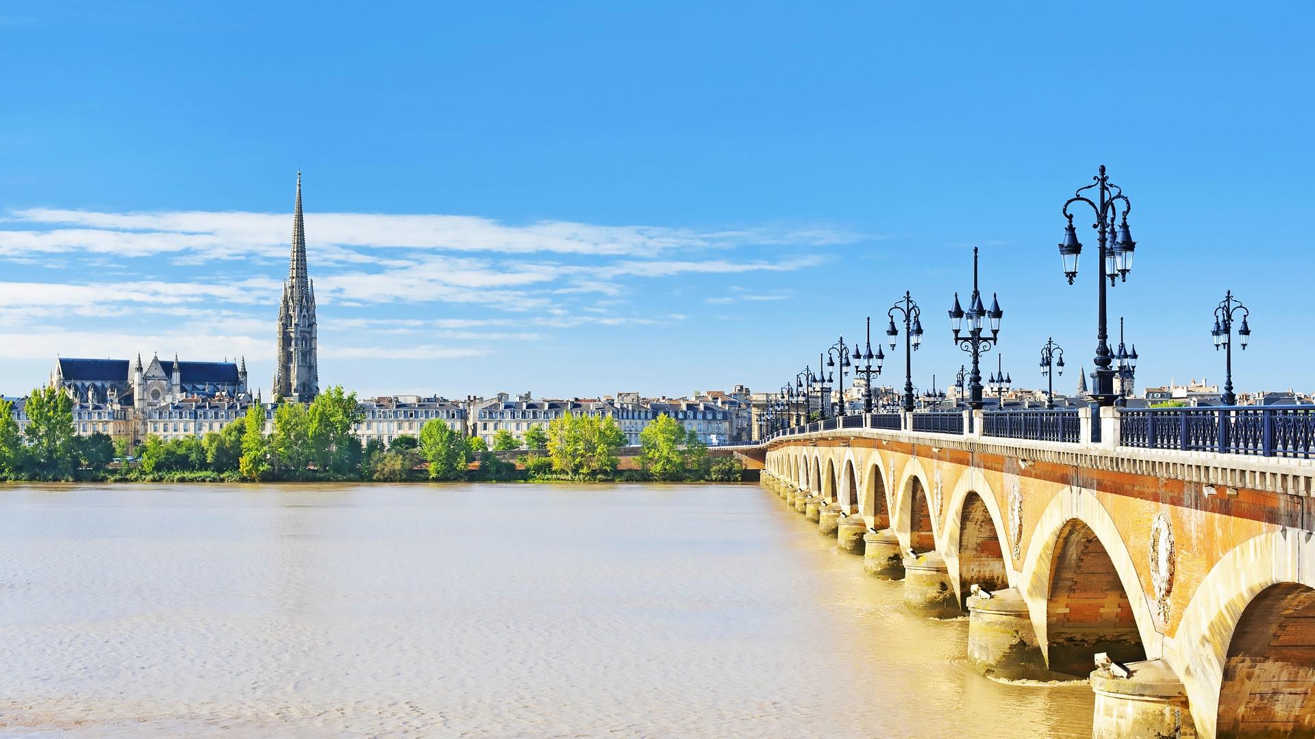 Escuela de francés en Burdeos | France Langue Bordeaux