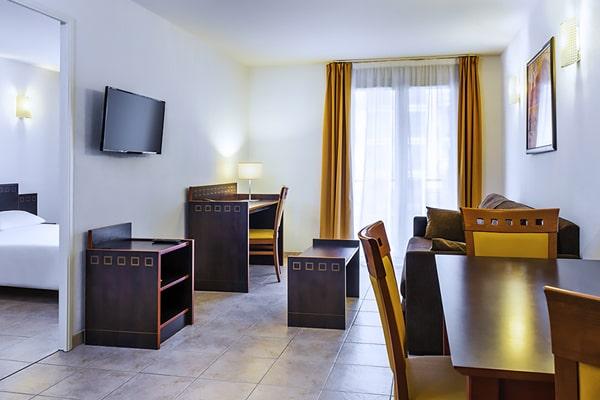 Alojamiento escuela de francés France Langue Nice: Aparthotel Adagio Acropolis 5