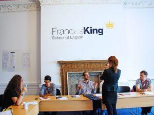 Escuela de inglés en Dublín | Frances King School of English Dublin 4