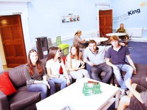 Escuela de inglés en Dublín | Frances King School of English Dublin 9