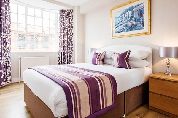 Alojamiento escuela de inglés  Frances King School of English London: Apartamentos Chelsea Cloisters 1
