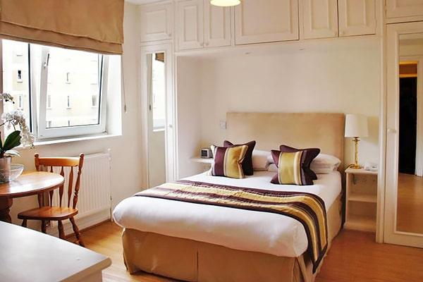 Alojamiento escuela de inglés  Frances King School of English London: Apartamentos Chelsea Cloisters 5