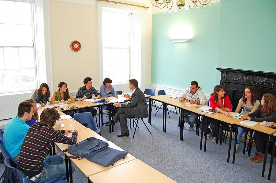 Global School of English GSE Edinburgh | Escuela de inglés en Edimburgo 10