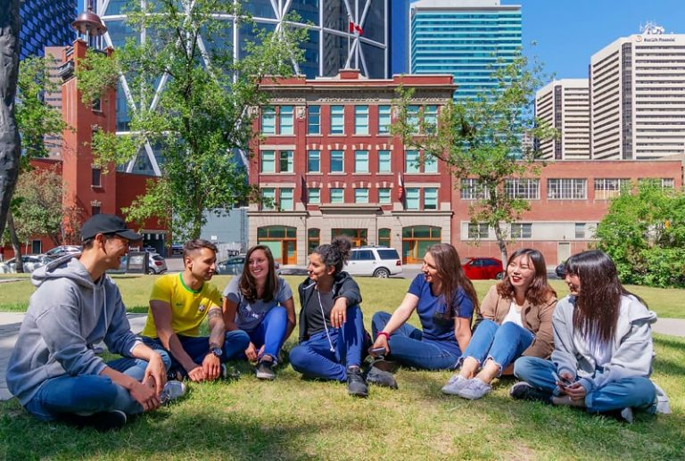Escuela de inglés en Calgary | Global Village Calgary 1