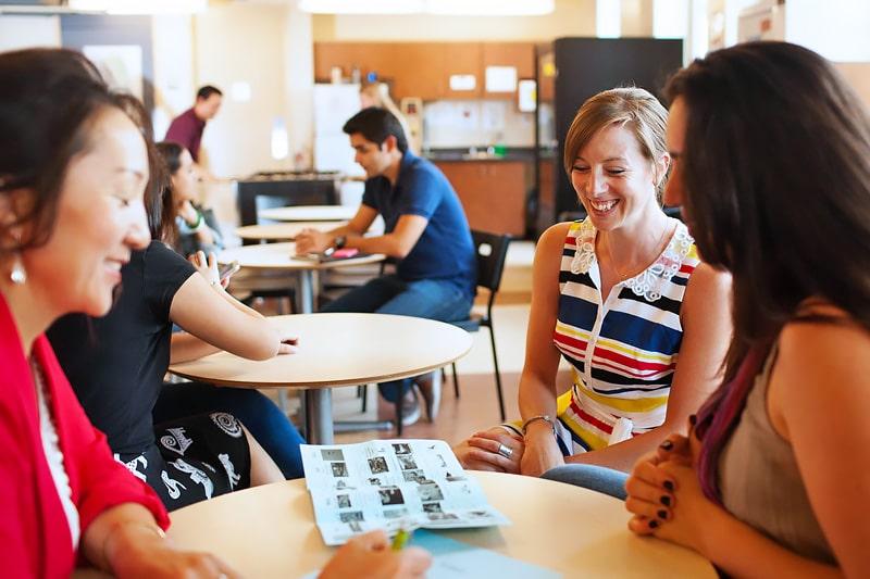 Escuela de inglés en Calgary | Global Village Calgary 3