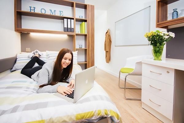 Alojamiento escuela de inglés IH Newcastle   International House: Apartamentos y estudios con baño privado 1