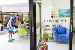 Escuela de inglés en Noosa | Lexis English Noosa 1