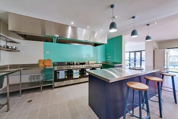 Alojamiento escuela de inglés Lexis English Perth: Hotel Inner City Resort 2