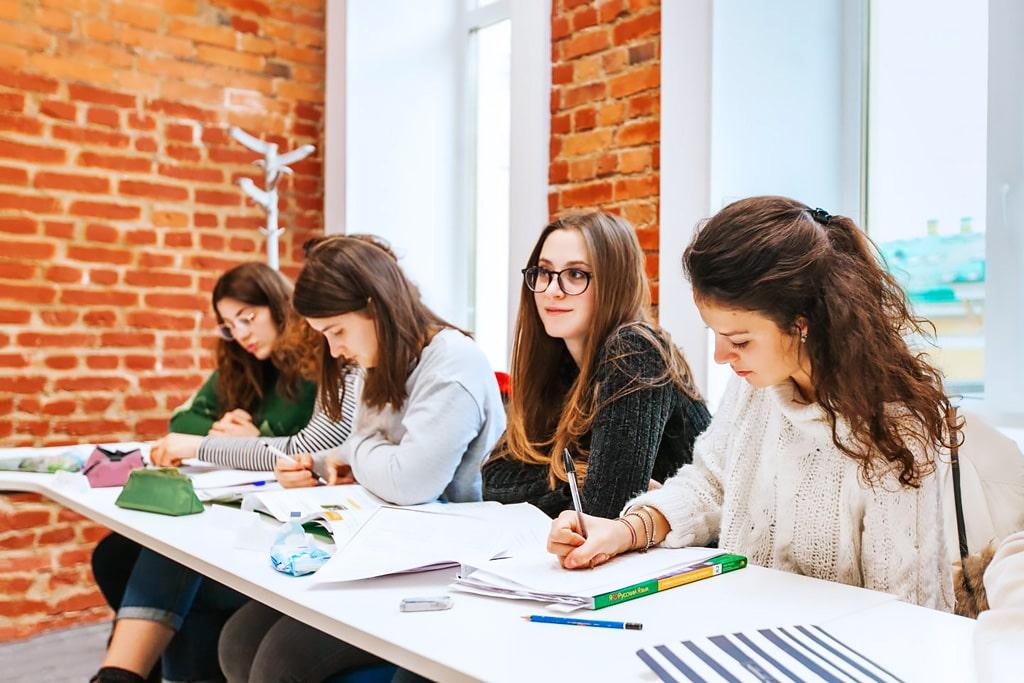 Escuela de ruso en San Petersburgo | Liden & Denz St Petersburg 1