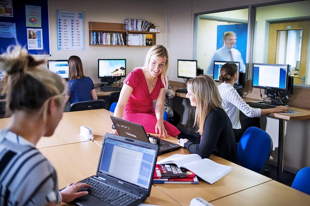 LSI Portsmouth Language Specialists International | Escuela de inglés en Portsmouth 7