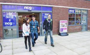 Escuela de inglés en Liverpool   NCG Liverpool New College Group 13