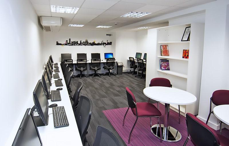 Escuela de inglés en Liverpool   NCG Liverpool New College Group 2