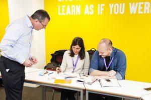 Escuela de inglés en Manchester | NCG Manchester New College Group 16