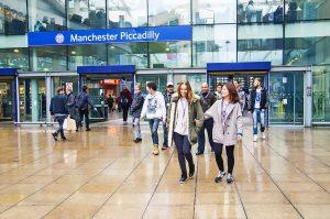 Escuela de inglés en Manchester | NCG Manchester New College Group 17