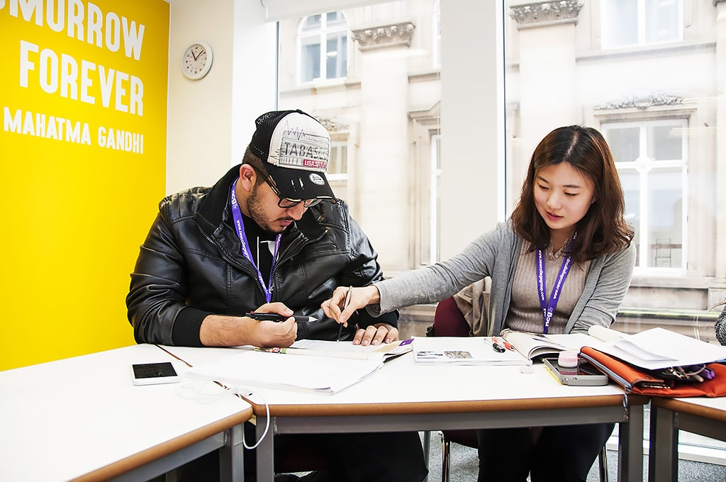 Escuela de inglés en Manchester | NCG Manchester New College Group 3