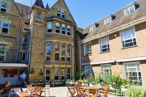 Escuela de inglés para profesionales en Oxford | The Oxford English Centre OEC 7