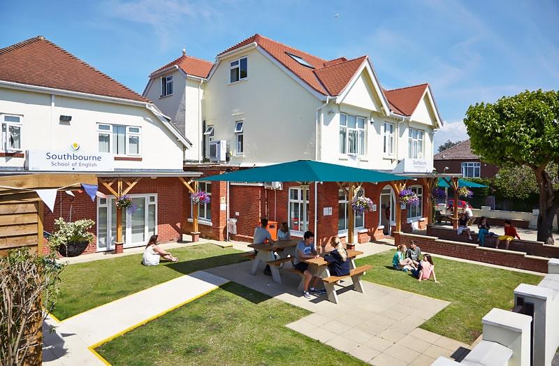 Escuela de inglés en Bournemouth | Southbourne School of English 1