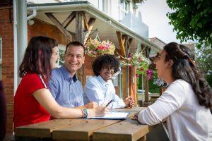 Escuela de inglés en Bournemouth | Southbourne School of English 11