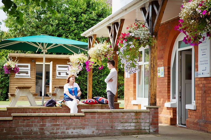 Escuela de inglés en Bournemouth | Southbourne School of English 4