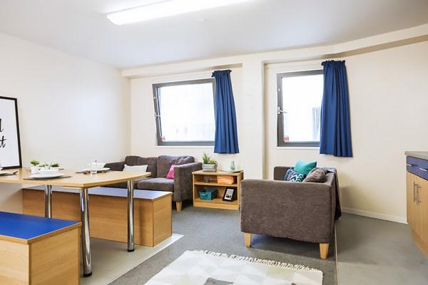 Alojamiento escuela de inglés Southbourne School of English: Residencia universitaria de verano 1