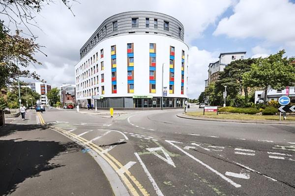 Alojamiento escuela de inglés Southbourne School of English: Residencia universitaria de verano 4