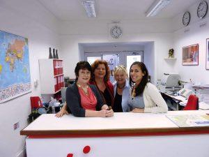 Escuela de inglés en Torquay | TIS Torquay International School 11