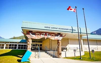 Colegio público Howe Sound Secondary School en Squamish, British Columbia