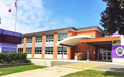 Colegio público Thousand Islands Secondary School en Brockville, Ontario