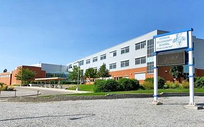 Colegio público Vernon Secondary School en Vernon, British Columbia
