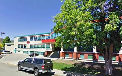 Colegio público WL Seaton Secondary School en Vernon, British Columbia
