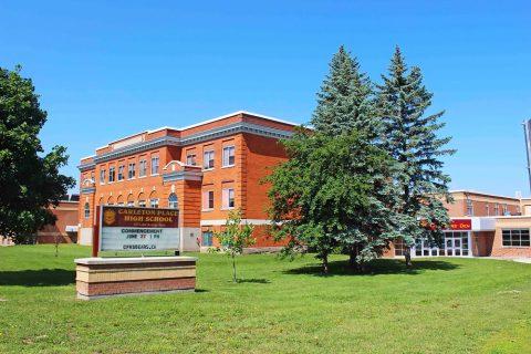 Estudiar un año académico en colegios públicos de Upper Canada District School Board en Cornwall, Ontario y Quebec