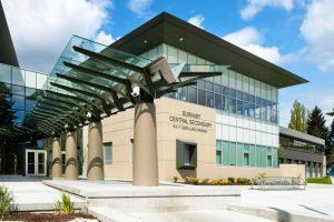 Estudiar un curso académico en colegios públicos de Burnaby School District