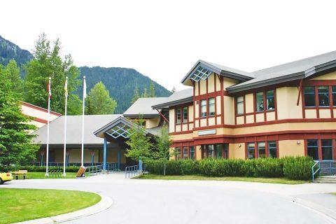 Estudiar un curso académico en colegios públicos de Sea to Sky School District en Squamish, British Columbia