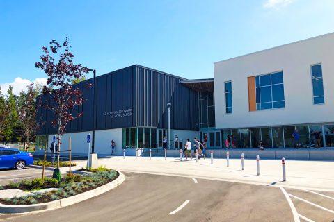 Estudiar un curso escolar en colegios públicos de Langley School District, British Columbia