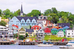 Estudiar un curso escolar en colegios públicos de Nova Scotia School District en Nova Scotia, Canadá