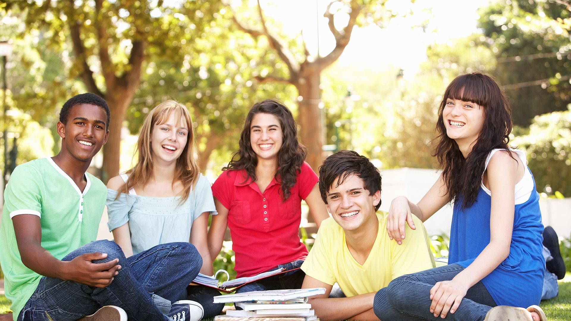 Programa F1 para estudiar un año escolar en colegios en EE.UU.