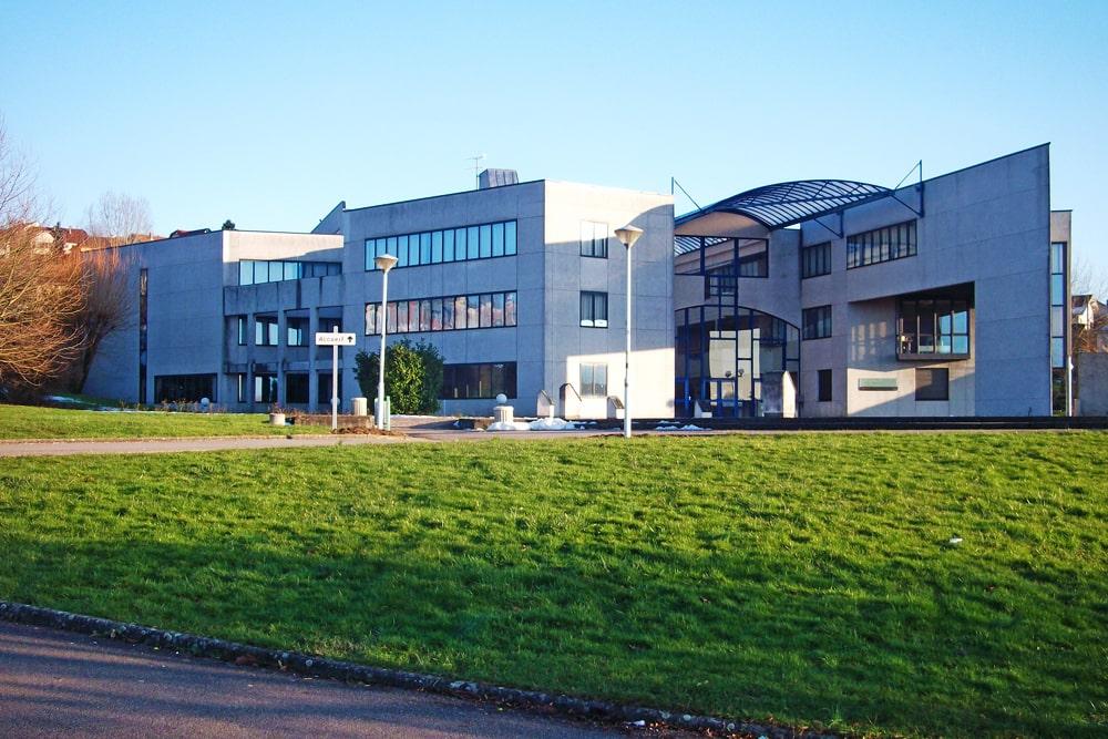 Estudiar en colegios públicos o privados en Francia