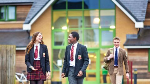 Año escolar en Inglaterra en internados públicos