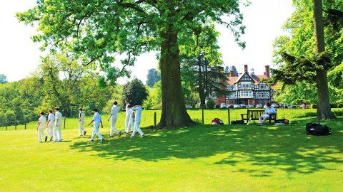 Año escolar en Inglaterra en el internado privado Bedstone College